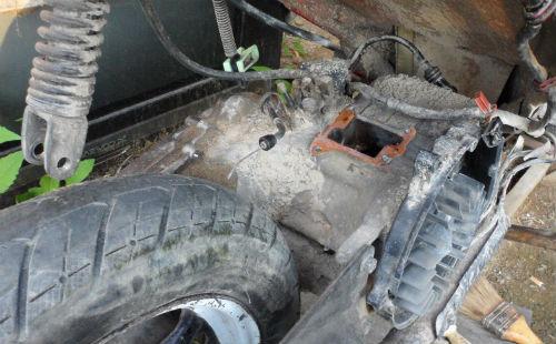 Suzuki AD-50 Особености ремонта лепесткового клапана